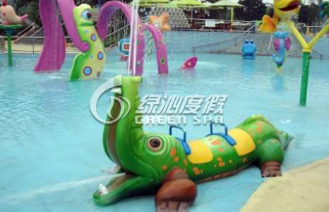 Crocodile Spray Aqua Park Equipment for Summer Entertainment , Water Play Spray Equipment